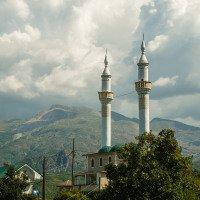 Většina albánských muslimů jsou Sunité, kteří Islám zas tak neřeší. Mešita je tam ale skoro na každém kroku.