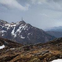 Výhled na horu Ulriken, nahoru vede lanovka