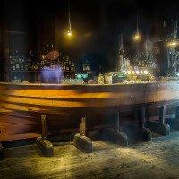 Stylový bar v přízemí hanzovního domu