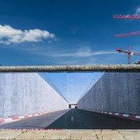 East Side Gallery - zbytky Berlínské zdi slouží jako galerie