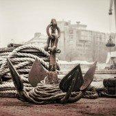 Holešovický přístav - v pozadí dominanta přístavu