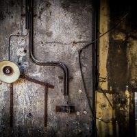 Industriální detail pod zásobníkem koksu