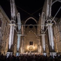 Koncert vážné hudby v ruinách kláštera Convento do Carmo