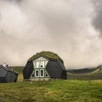 Netradiční bydlení nad Kvívíkem