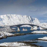 Mosty mezi ostrovy