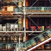 Centrum Pompidou - budova obrácená naruby
